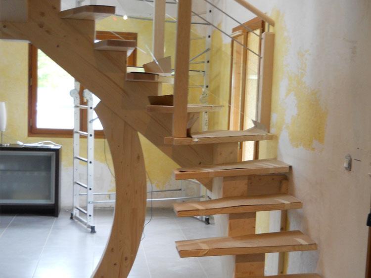 Escaliers moderne et contemporain cjm menuiserie for Exterieur plus sevrier